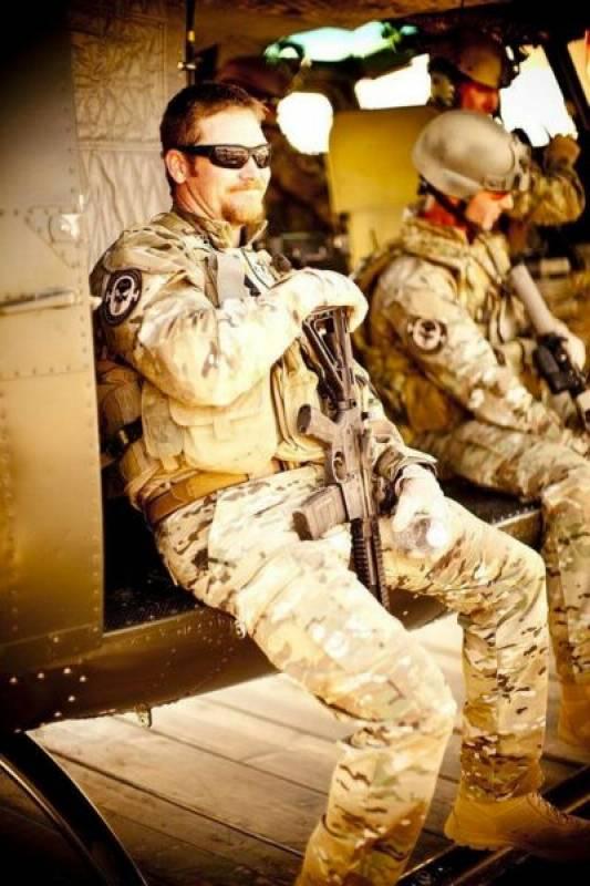 un ex marine racconta il suo ritorno a casa dopo la guerra in iraq ... - Bel Divano In Pelle Posteriore Con Sedili Imbottiti Armi