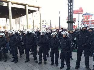 colonia manifestazioni dopo le molestie di capodanno 5