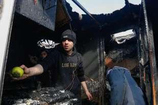 calais scontri tra polizia e migranti 3