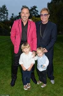 elton john con marito e figli