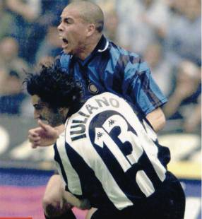 RONALDO IULIANO JUVE INTER 1998