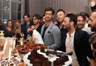 torta di compleanno per fabrizio corona (4)