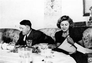 Hitler a tavola con Eva Braun