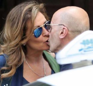 bacio santanche di novella 2000