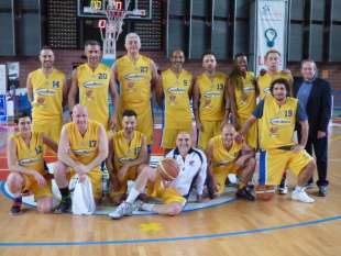 basketartisti squadra in campo