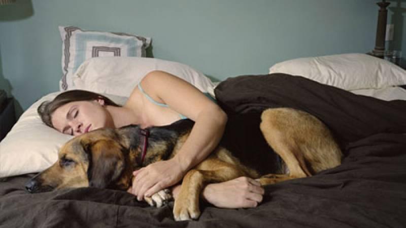 Come mettere tazze a un dorso a fotografia osteochondrosis