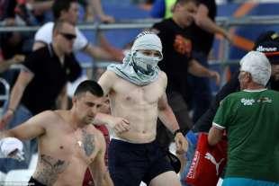 rissa allo stadio dopo inghilterra russia 5