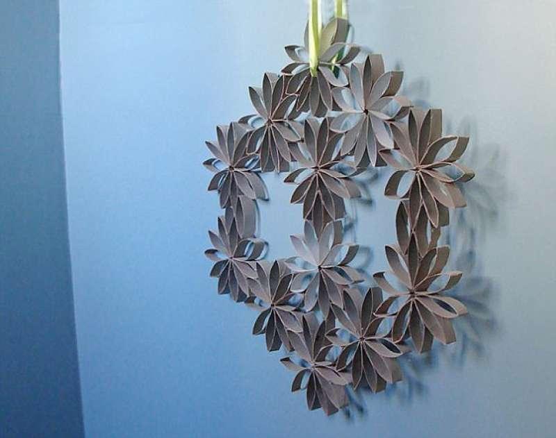 Arte Con Rotoli Di Carta Igienica : L arte del riciclo non buttate i rotoli di carta igienica ecco