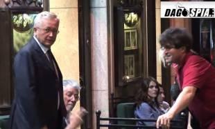 giulio tremonti incontra umberto bossi a via veneto frame dal video di veronica del solda