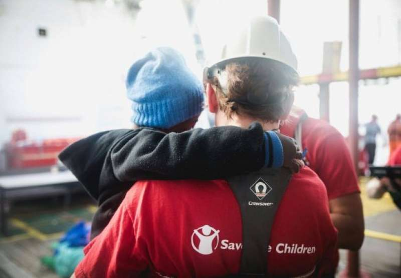 SAVE THE CHILDREN E I MIGRANTI