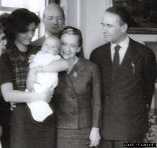 giuseppe caprotti con il padre bernardo la madre giorgina venosta e i nonni marianne maire e guido venosta
