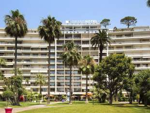 GRAND HOTEL JACQUELINE VEYRAC