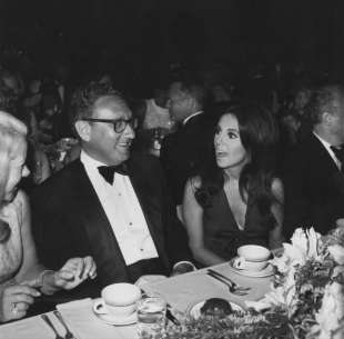 henry kissinger playboy
