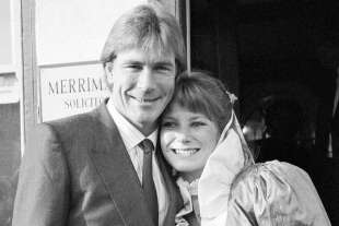 james hunt sarah lomax