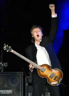 SIR PAUL McCARTNEY 8