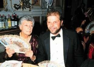 egon von furstenberg con la madre clara agnelli