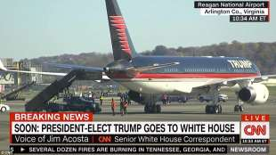 l aereo di trump arriva a washington