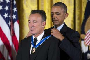 medaglie di obama bruce springsteen