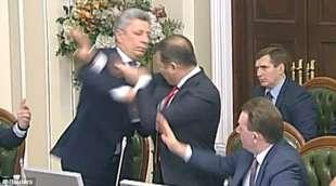 rissa al parlamento ucraino 4