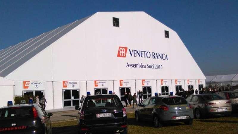 Aereo Privato Veneto Banca : La dolce vita dei banchieri bancarottieri vincenzo