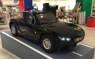 atom car per bambini ricchi