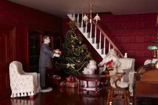 dettaglio salone casa di bambola