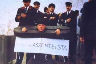 PAOLO VILLAGGIO ASSENTEISMO