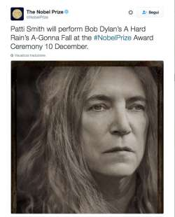 PATTI SMITH CANTA BOB DYLAN ALLA CERIMONIA NOBEL