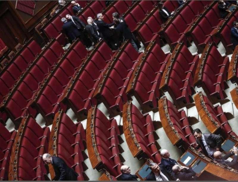 Dall inizio dell anno montecitorio e rimasto chiuso per for Senatori quanti sono