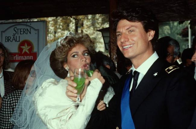 Matrimonio Di Romano Mussolini : Baby squillo il matrimonio di alessandra mussolini è