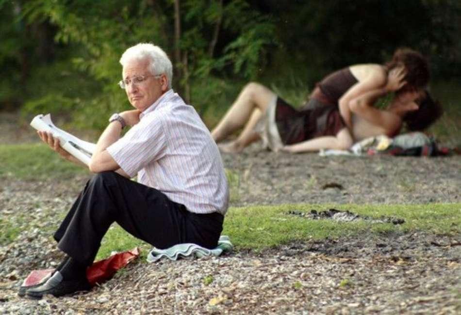 Vibrerande trosor body to body thaimassage